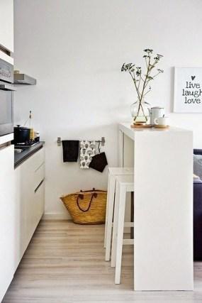Brilliant Small Apartment Decoration Ideas On A Budget 43