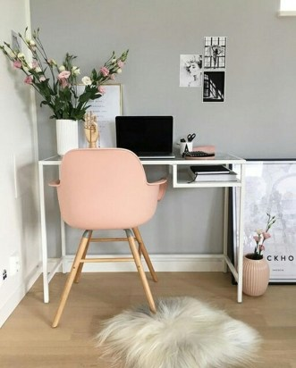 Colorful Home Office Design Ideas You Will Totally Love 36