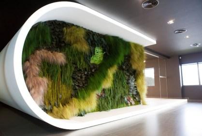 Cool Indoor Vertical Garden Design Ideas 27