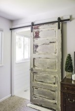 Cool Small Master Bathroom Remodel Ideas 35