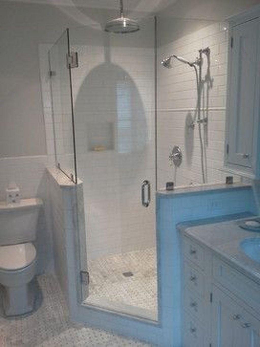 Cool Small Master Bathroom Remodel Ideas 41