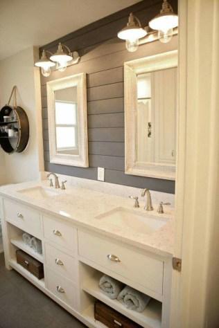 Cool Small Master Bathroom Remodel Ideas 47
