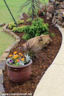 Cozy Backyard Landscaping Ideas On A Budget 31