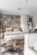 Elegant Rustic Bedroom Brick Wall Decoration Ideas 15
