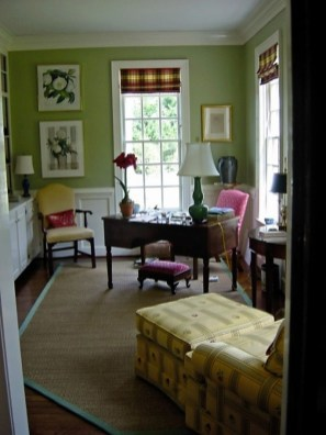Elegant And Exquisite Feminine Home Office Design Ideas 01
