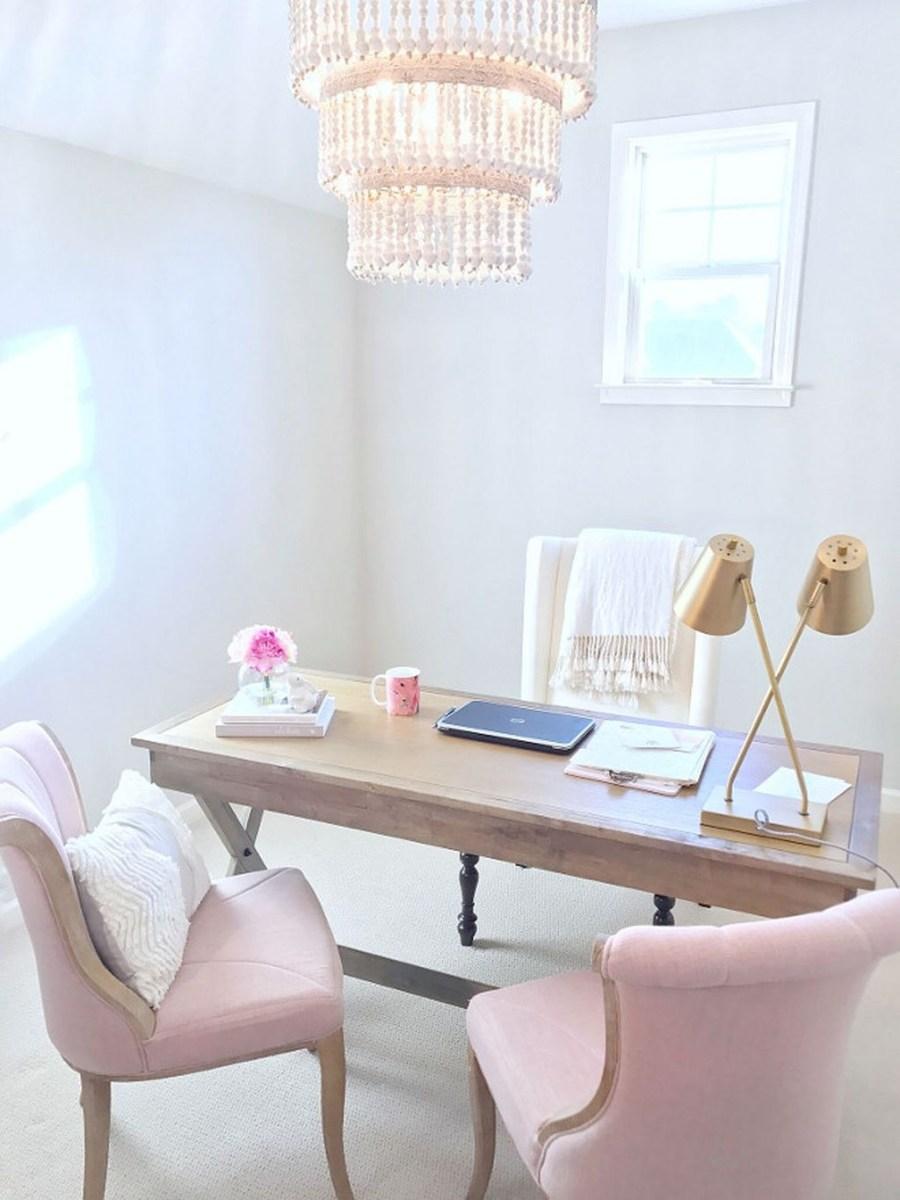 Elegant And Exquisite Feminine Home Office Design Ideas 06