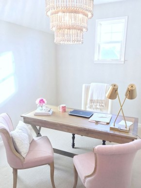 Elegant And Exquisite Feminine Home Office Design Ideas 06
