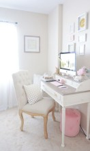 Elegant And Exquisite Feminine Home Office Design Ideas 22