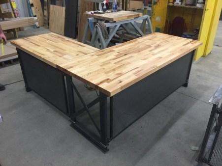 Futuristic L Shaped Desk Design Ideas 11