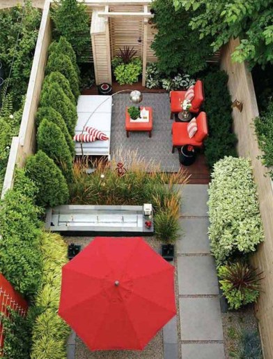 Incredible Small Backyard Garden Ideas 06