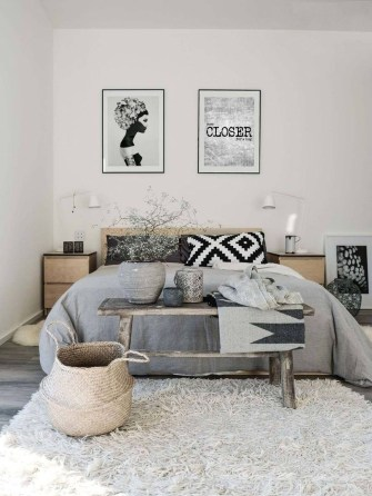 Modern And Stylish Scandinavian Bedroom Decoration Ideas 24