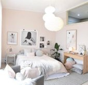 Modern And Stylish Scandinavian Bedroom Decoration Ideas 26