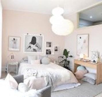 Modern And Stylish Scandinavian Bedroom Decoration Ideas 26