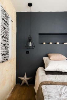 Modern And Stylish Scandinavian Bedroom Decoration Ideas 34