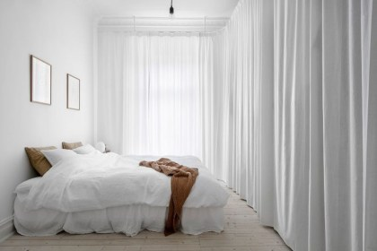 Modern And Stylish Scandinavian Bedroom Decoration Ideas 39