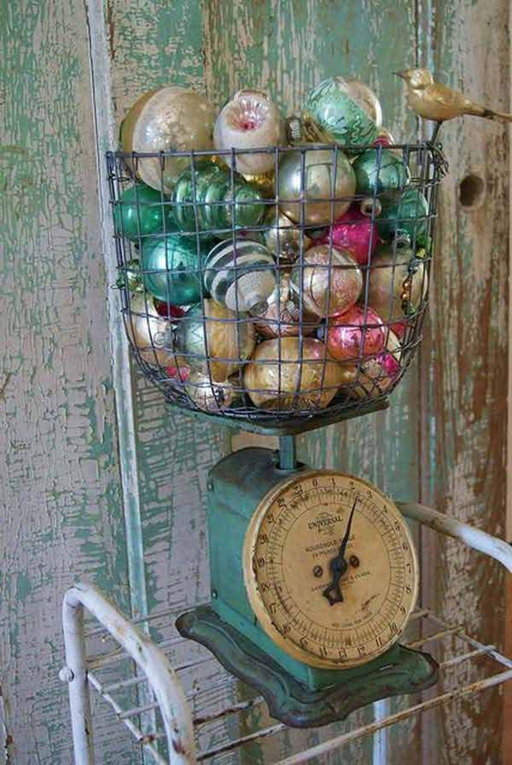Vintage Christmas Decor Ideas For This Winter 12