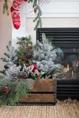 Vintage Christmas Decor Ideas For This Winter 26