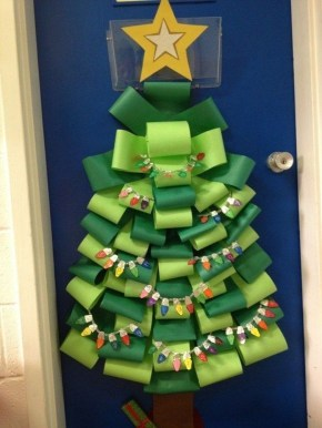 Adorable Winter Classroom Door Decoration Ideas 14