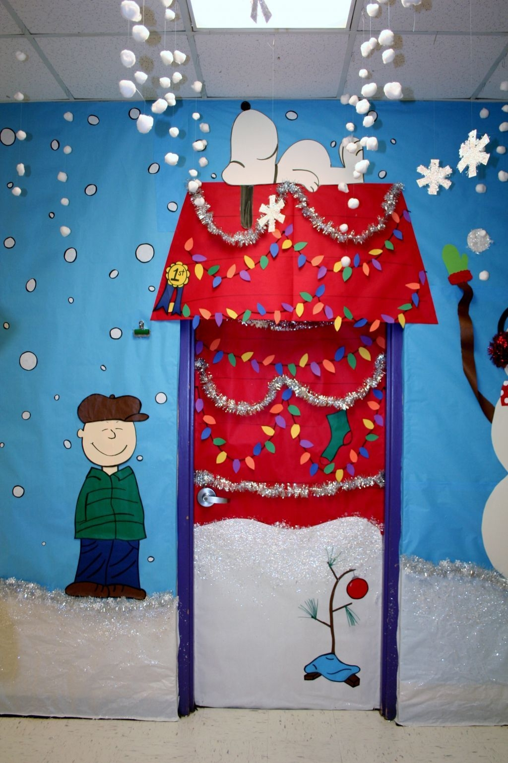 Adorable Winter Classroom Door Decoration Ideas 30