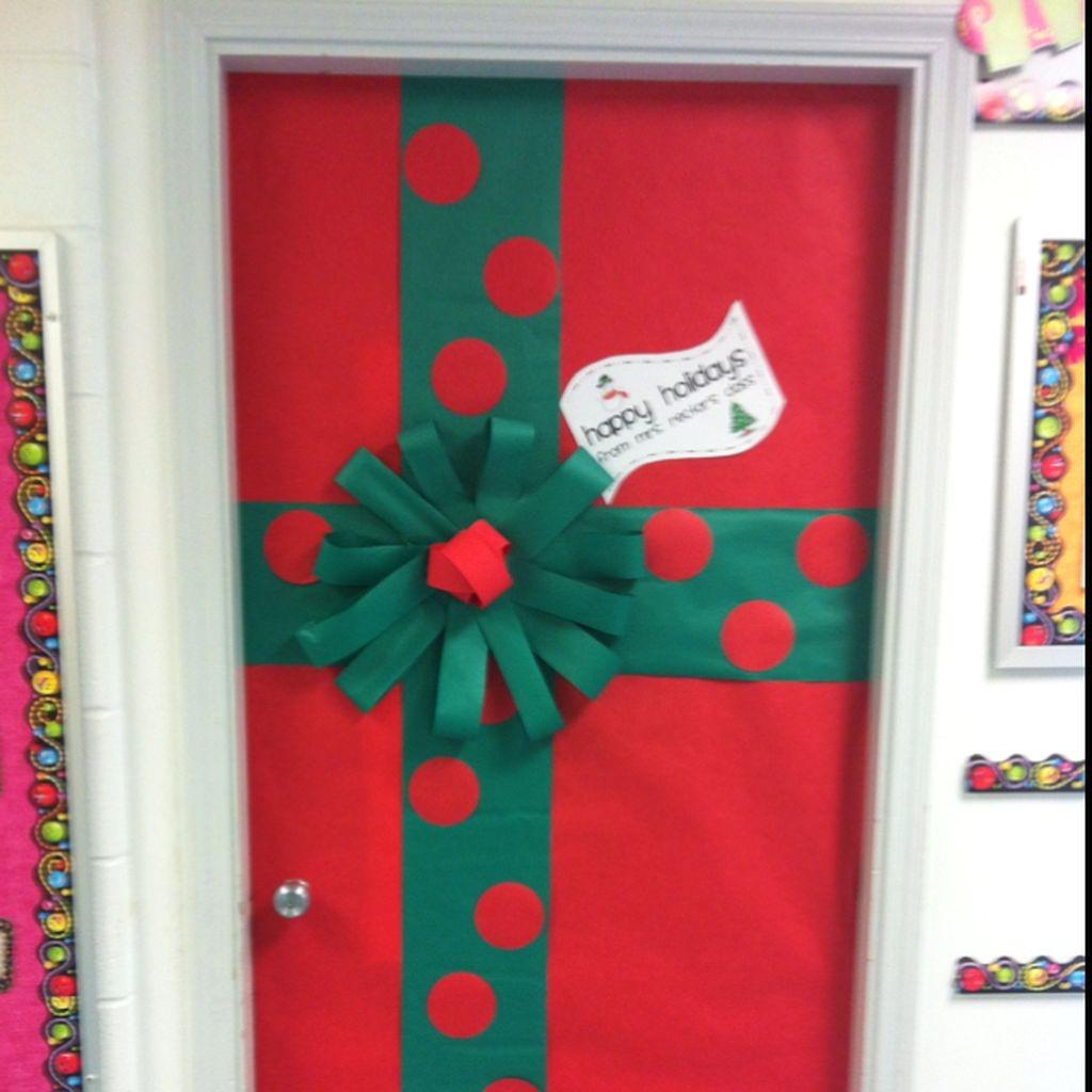 Adorable Winter Classroom Door Decoration Ideas 38