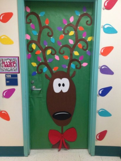 Adorable Winter Classroom Door Decoration Ideas 43