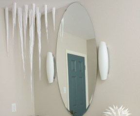 Awesome Winter Themed Bathroom Decoration Ideas 12