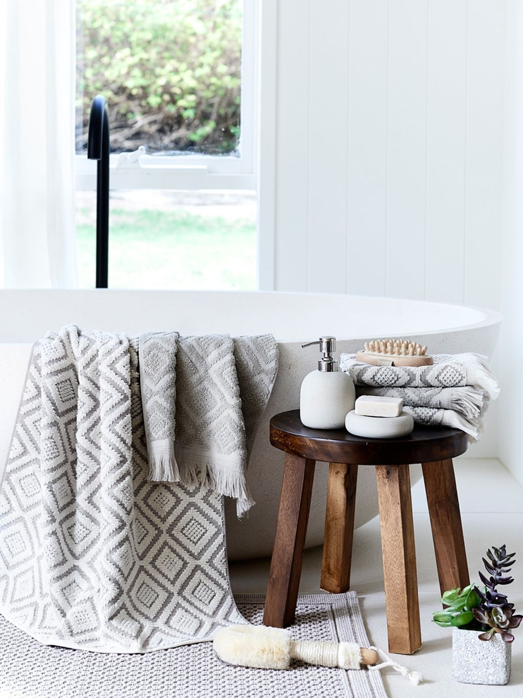 Awesome Winter Themed Bathroom Decoration Ideas 30