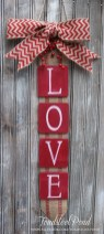 Beautiful And Creative DIY Valentine Decoration Ideas For Your Home 27