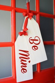 Cool And Cozy Red Valentines Day Decoration Ideas 34