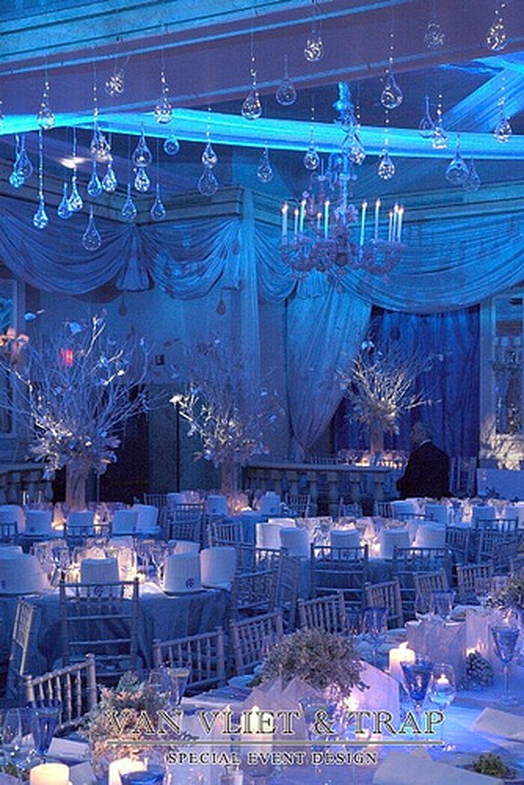 Cozy Winter Wonderland Decoration Ideas 37