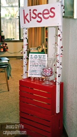 Cute Pink Valentines Day Decoration Ideas For Your Home 12