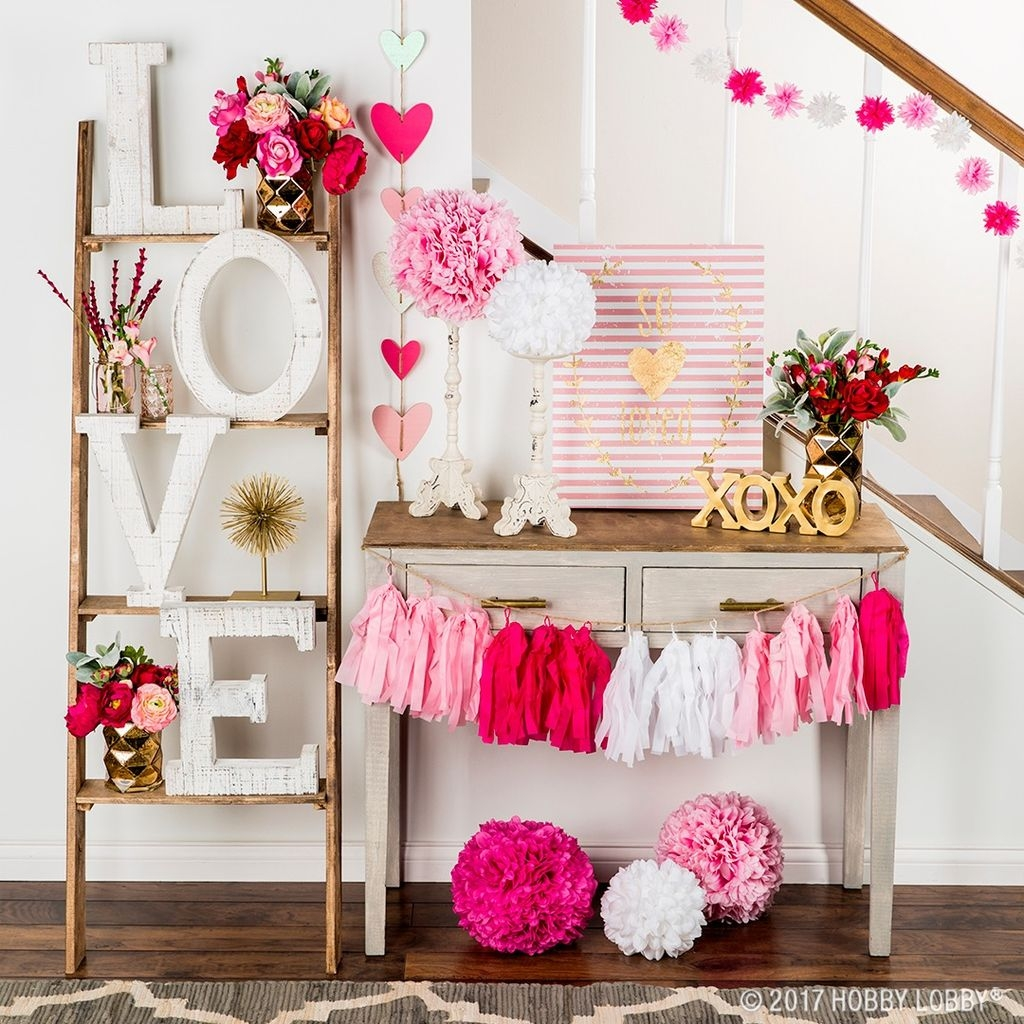 Cute Pink Valentines Day Decoration Ideas For Your Home 21