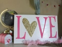 Cute Pink Valentines Day Decoration Ideas For Your Home 25