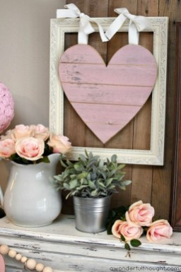 Cute Pink Valentines Day Decoration Ideas For Your Home 37