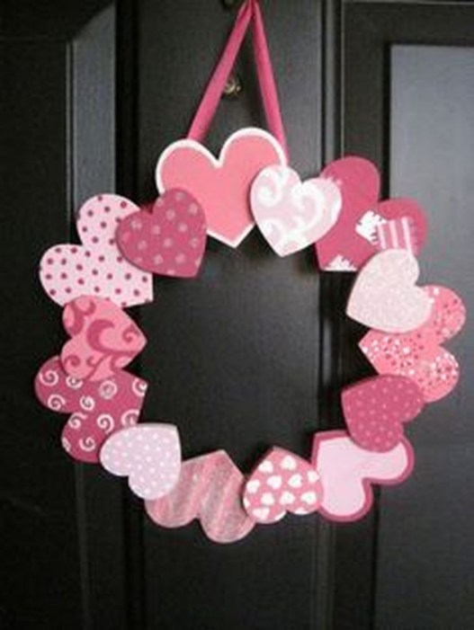 Cute Pink Valentines Day Decoration Ideas For Your Home 41