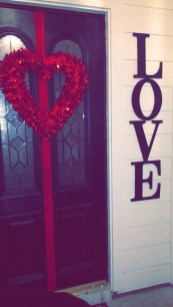 Cute Pink Valentines Day Decoration Ideas For Your Home 43