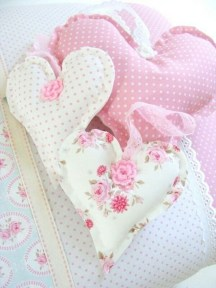 Cute Shabby Chic Valentines Decoration Ideas For Your Home 13