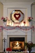 Inspiring Valentines Day Fireplace Decoration Ideas 01