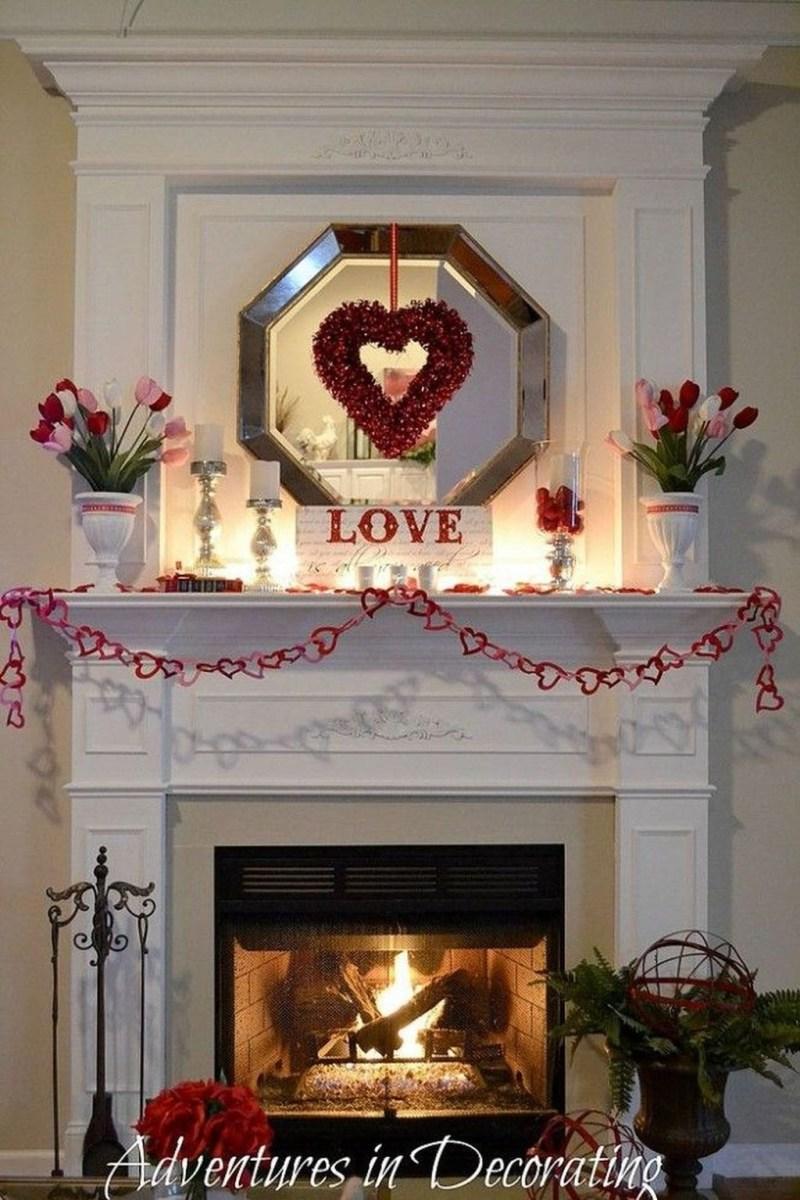 Inspiring Valentines Day Fireplace Decoration Ideas 06
