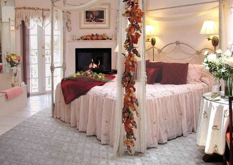 Romantic Valentines Bedroom Decoration Ideas 35