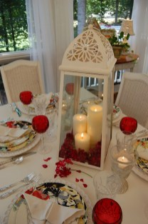Romantic Valentines Day Dining Room Decoration Ideas 03