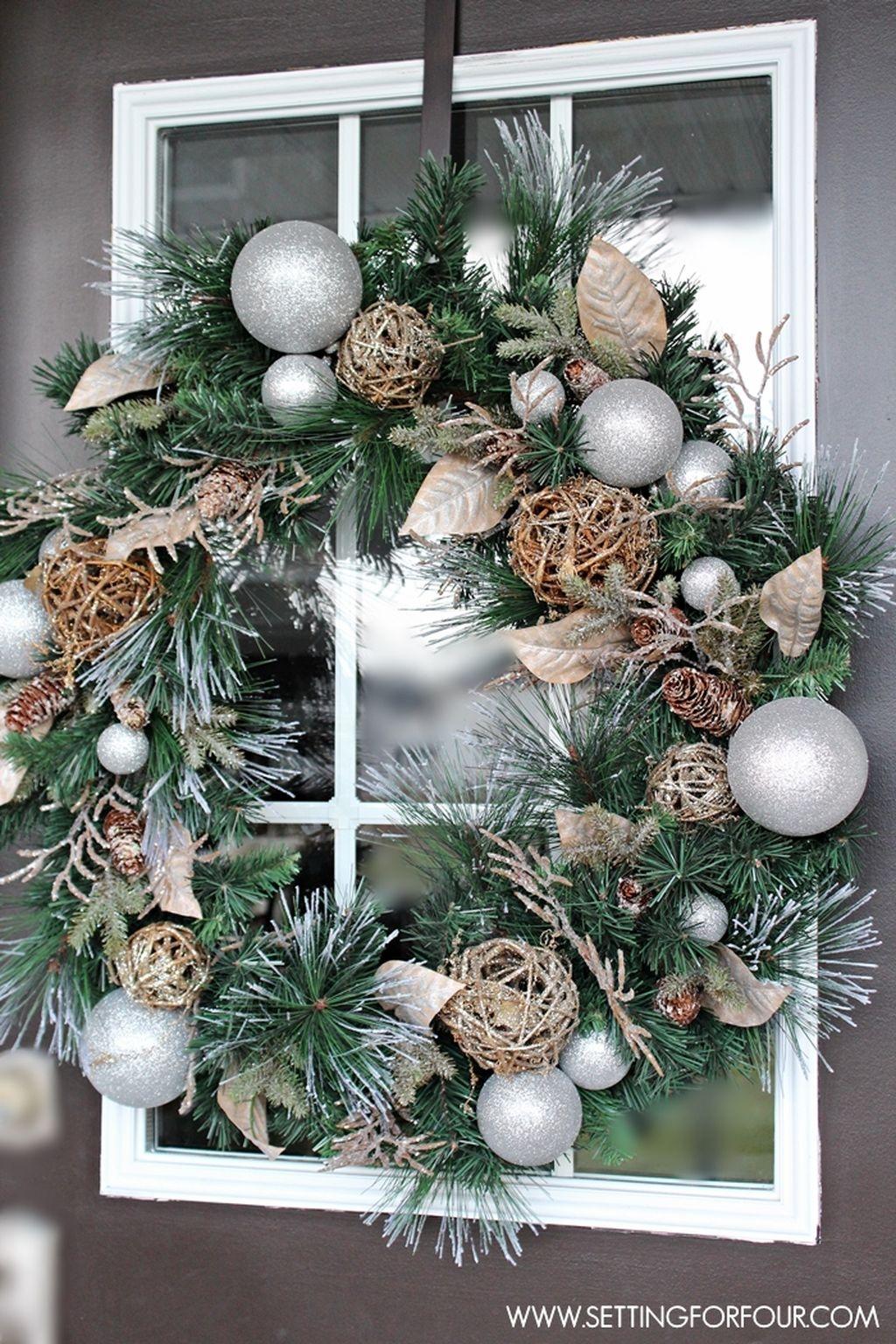 Stunning Front Door Decoration Ideas For Winter 33