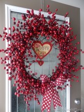 Totally Adorable Wreath Ideas For Valentines Day 20