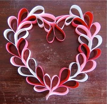Totally Adorable Wreath Ideas For Valentines Day 33