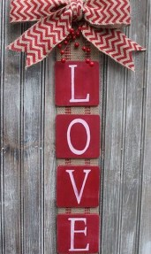 Totally Adorable Wreath Ideas For Valentines Day 39