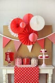 Totally Fun Valentines Day Party Decorations Ideas 21
