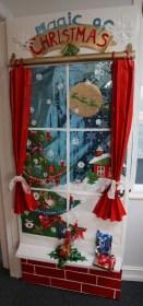 Totally Inspiring Winter Door Decoration Ideas 20