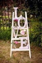 Unique Outdoor Valentine Decoration Ideas 13