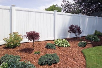 Adorable Wooden Privacy Fence Patio Backyard Landscaping Ideas 33