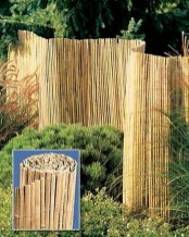 Adorable Wooden Privacy Fence Patio Backyard Landscaping Ideas 39